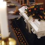 Hvorfor snakker vi så varmt om de som har gått bort?