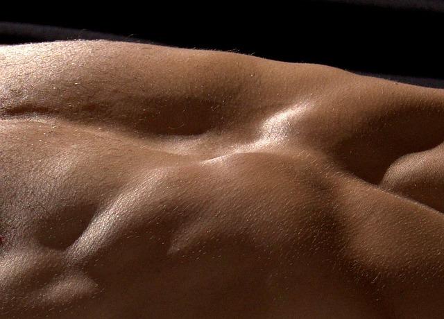 Veltrente magemuskler på en flat mage - her et 7 veier til et perfekt resultat
