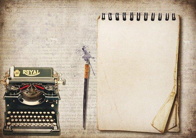 skrivemaskin, penn eller papir kan brusk for å skrive kort eller langt