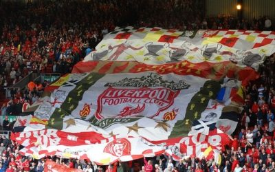 Her vil Liverpool løfte trofeet!