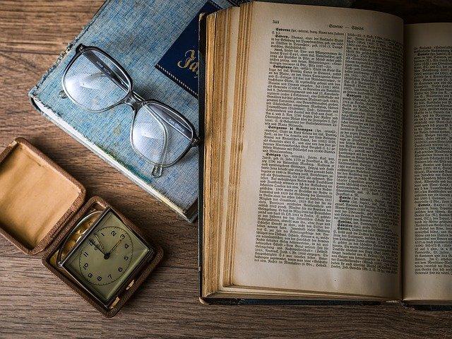 Er bøker på vei ut og vekk?